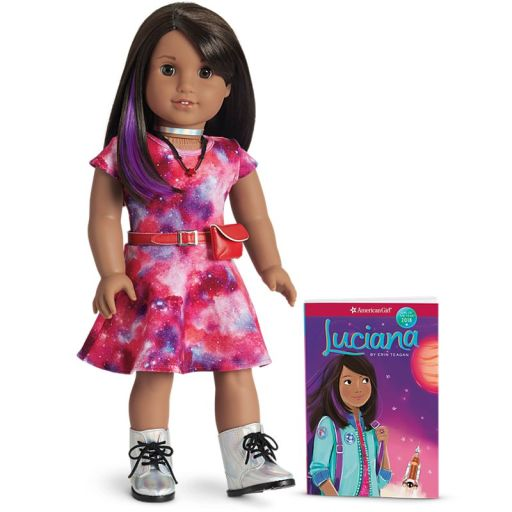 FMR54_Luciana_Doll_and_Book_1